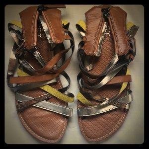 Ann Taylor LOFT Sandels Size 7M Metallic